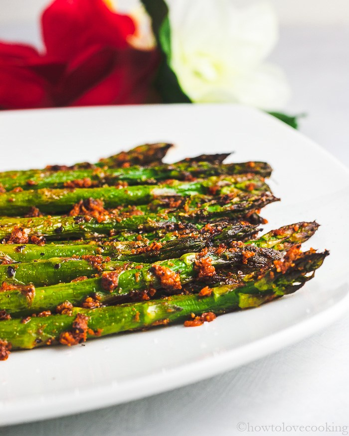 Easy holiday side dish! Red Pesto Roasted Asparagus